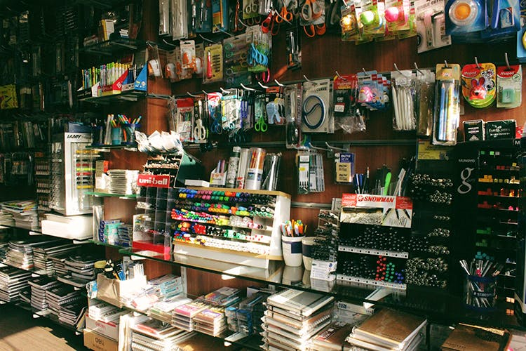 Retail,Selling,Marketplace,Building,Bazaar,Outlet store,Market,Convenience store,Inventory,Collection