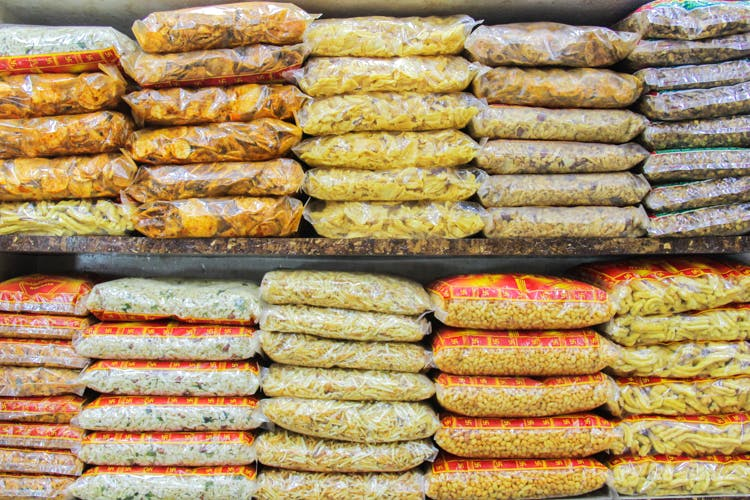 Stock Up On Your Snack Stash: These Places Have The Best Chanachurs, Murukkus, Sev, & Chips