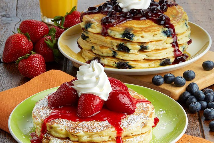 Dish,Food,Cuisine,Breakfast,Pancake,Meal,Ingredient,Dessert,Whipped cream,Sour cream