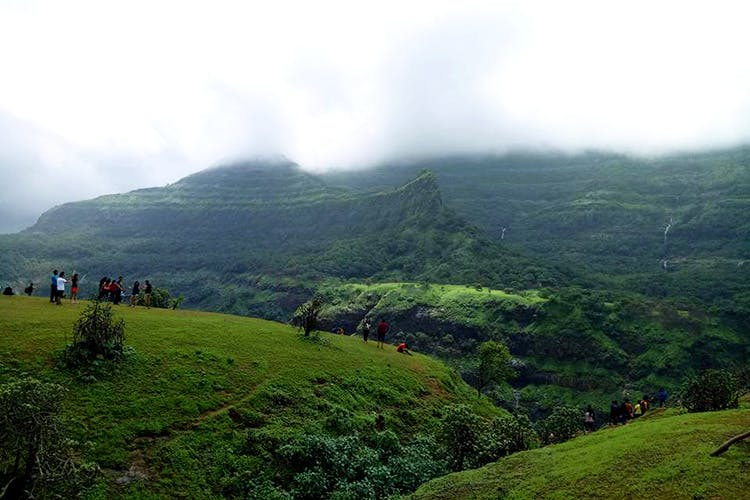 This Trek Near Tamhini Ghat Is A Winter Secret & We're Outing It