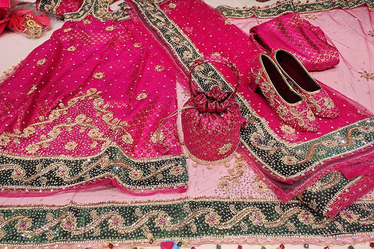 image - We Tried Lehenga Shopping At Charminar Under INR 5,000. Did We Conquer?