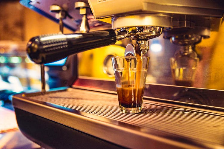 Drink,Small appliance,Barware,Machine,Barista