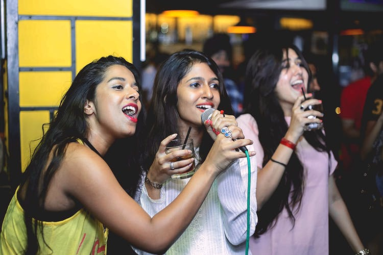 Hit The Right Notes At These Karaoke Nights In Gurgaon