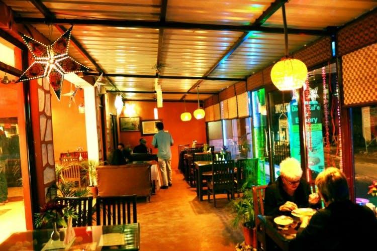 Restaurant,Building,Café,Room,Interior design,Coffeehouse