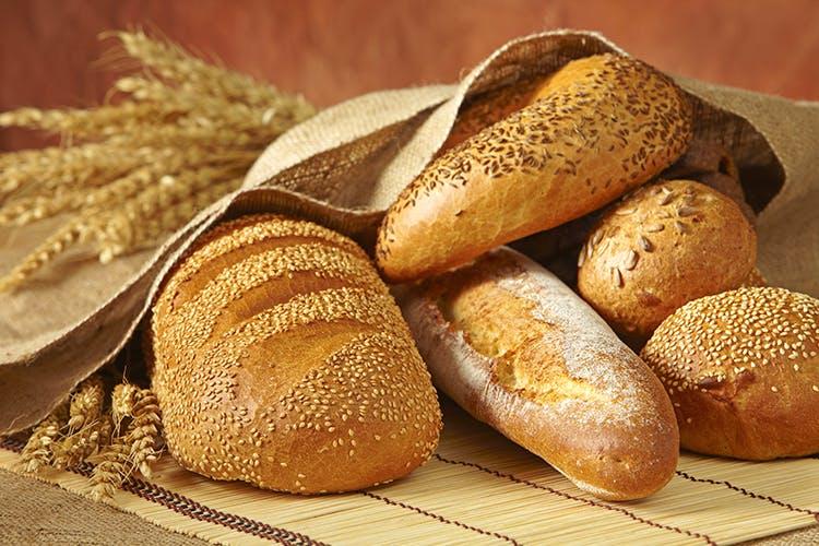 Bread,Food,Hard dough bread,Baguette,Gluten,Loaf,Baked goods,Sourdough,Bun,Grass family
