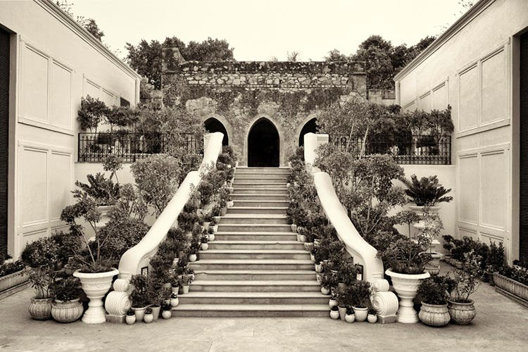 Black-and-white,Building,House,Architecture,Arch,Tree,Monochrome,Photography,Courtyard,Hacienda