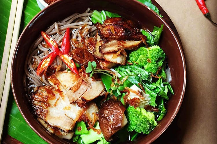 Dish,Food,Cuisine,Meat,Ingredient,Produce,Cao lầu,Recipe,Side dish,Chinese food