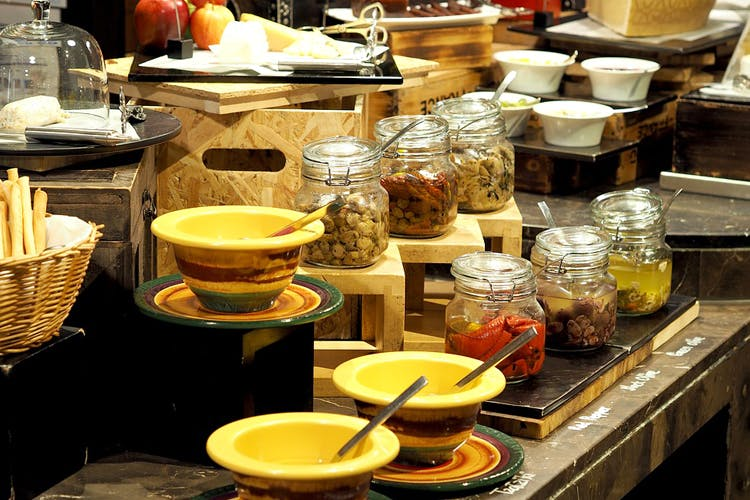 image - For Quiet Evening Scenes, Pick A Buffet Dinner In Gurgaon
