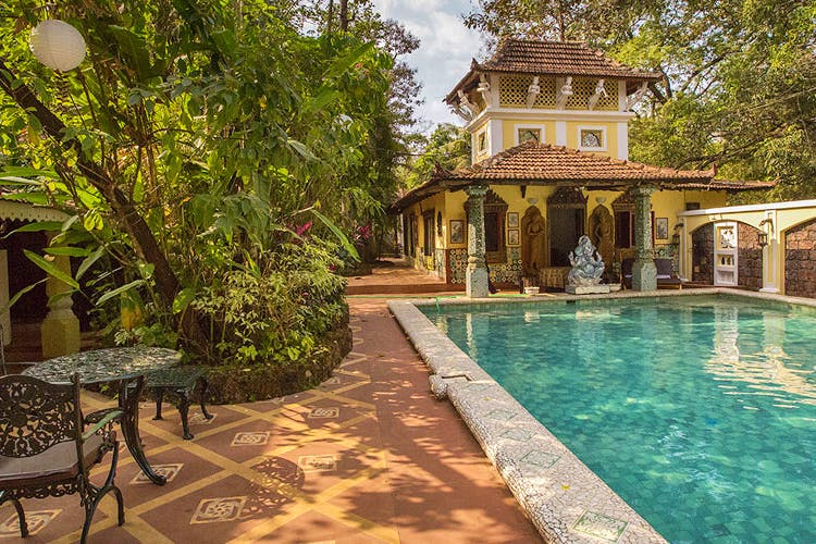 Property,Swimming pool,Estate,Building,House,Home,Real estate,Hacienda,Tree,Architecture