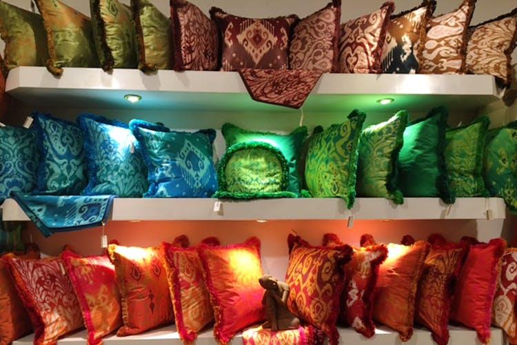 Lighting,Room,Textile