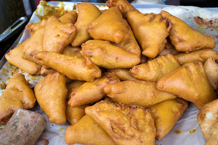 Dish,Food,Fried food,Cuisine,Deep frying,Ingredient,Snack,Baked goods,Produce,Pastry