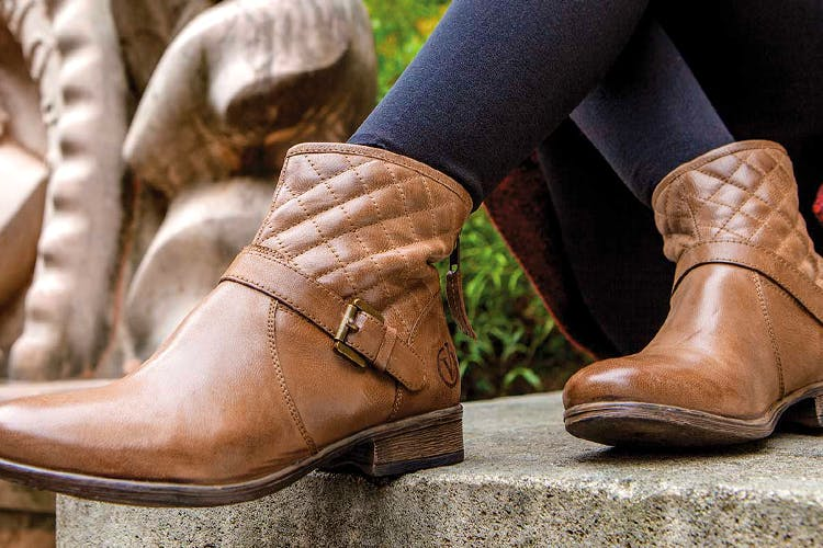 ebdde514ca5 16 Best Stores To Buy Boots in Delhi  Leather