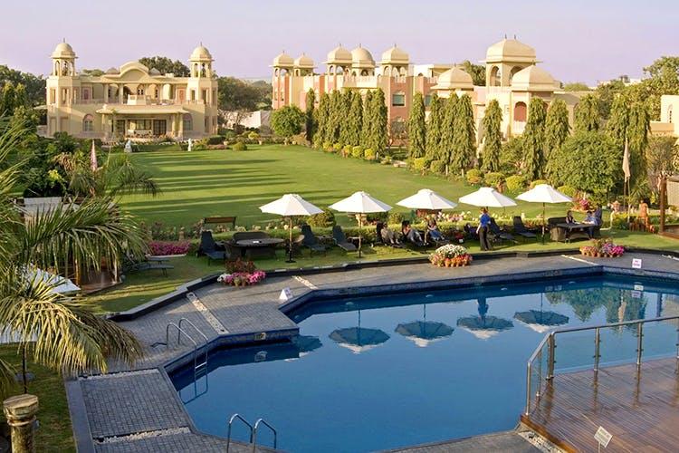 Resort,Swimming pool,Property,Building,Real estate,Estate,Town,Reflecting pool,Mansion,Resort town
