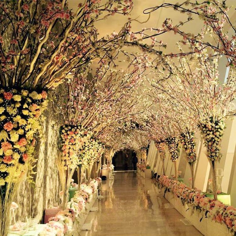 Most Popular Bridal Entrance Songs: 13 Indian Wedding Decor Ideas To Jazz Up Your Entrance