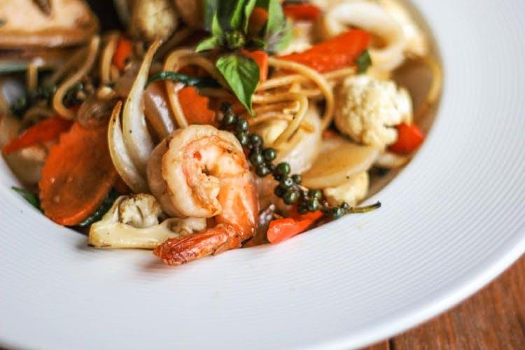 Dish,Food,Cuisine,Ingredient,Seafood,Produce,Recipe,Scampi,Shrimp,Thai food