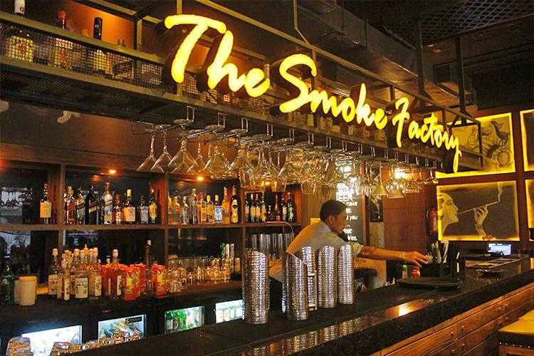 Bar,Drinking establishment,Pub,Barware,Alcohol,Distilled beverage,Tavern,Building,Liqueur,Liquor store
