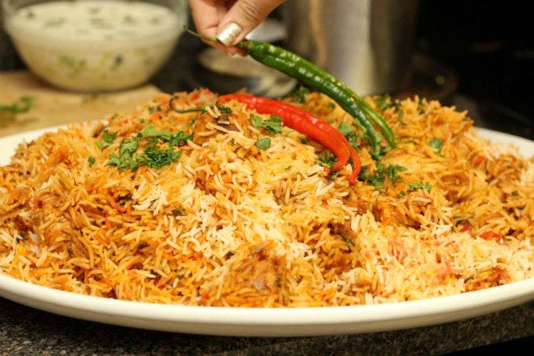 Dish,Food,Cuisine,Ingredient,Biryani,Hyderabadi biriyani,Produce,Recipe,Pilaf,Thai fried rice