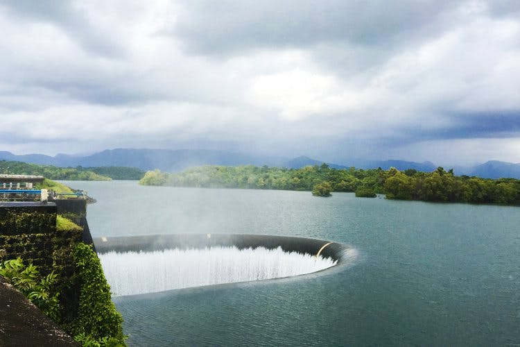 Water resources,Body of water,Water,Reservoir,Lake,Sky,River,Loch,Lake district,Highland
