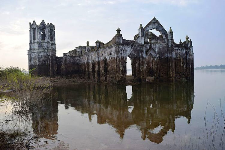 Reflection,Water,Ruins,Waterway,Sky,Architecture,Castle,Building,Water castle,Abbey