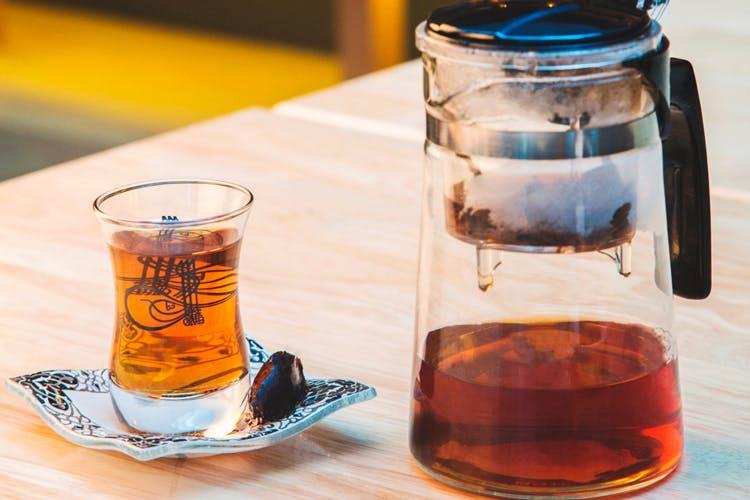 Drink,Beer glass,Distilled beverage,Liqueur,Alcoholic beverage,Old fashioned glass,Glass