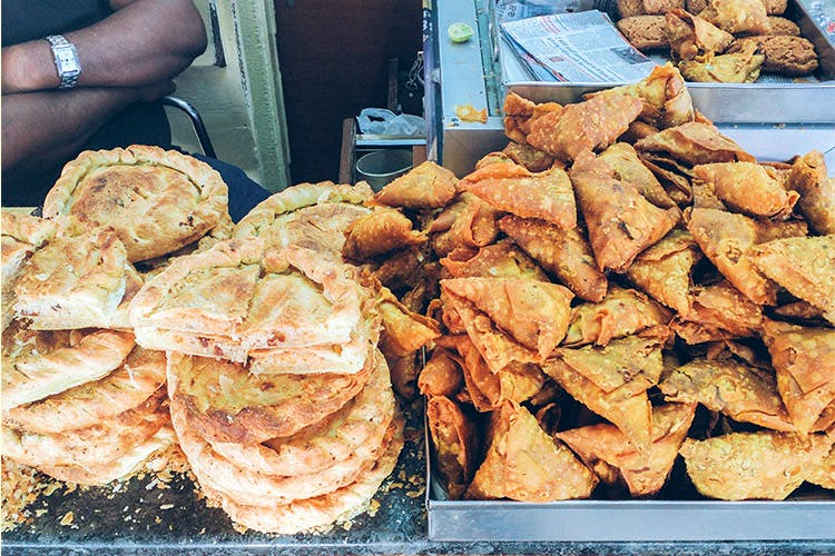 Food,Cuisine,Dish,Junk food,Ingredient,Street food,Fried food,Snack,Flatbread,Finger food
