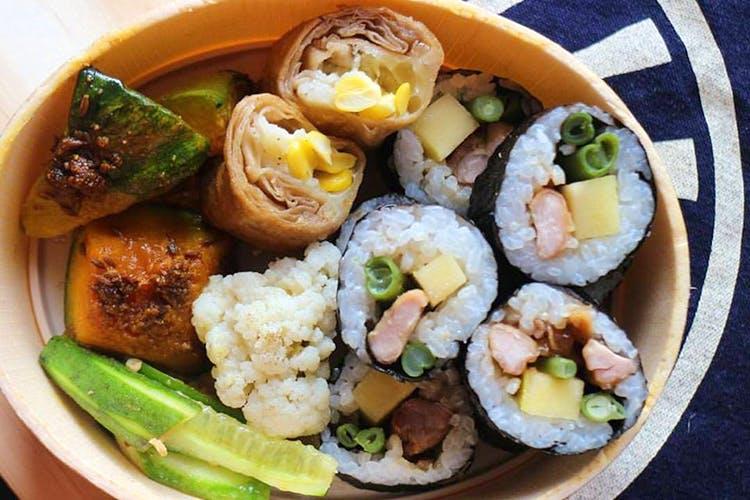 Dish,Food,Cuisine,Ingredient,Comfort food,Gimbap,Produce,Steamed rice,Recipe,Staple food