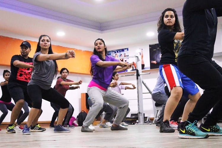 Channel Your Inner Kanye And Drake At These Hip-Hop Dance Classes In Bangalore