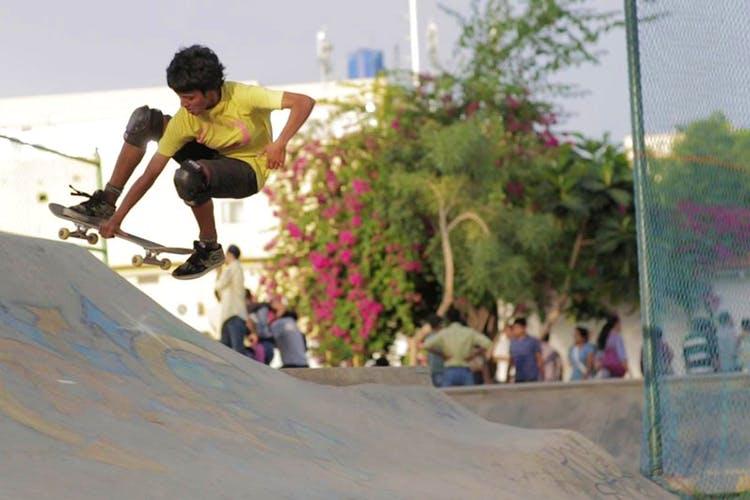 Skateboarding,Boardsport,Skateboard,Skateboarding Equipment,Recreation,Skateboarder,Kickflip,Extreme sport,Skatepark,Sports equipment