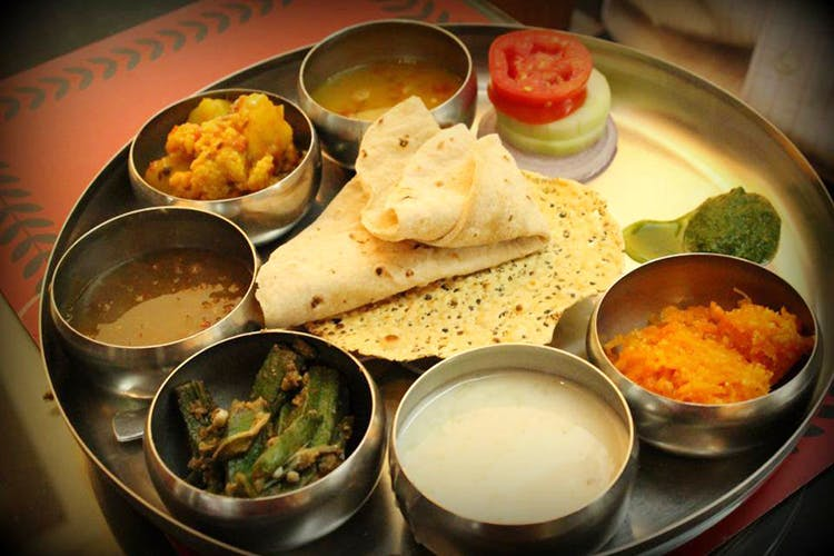 Dish,Food,Cuisine,Ingredient,Raita,Meal,Indian cuisine,Dosa,Produce,Punjabi cuisine