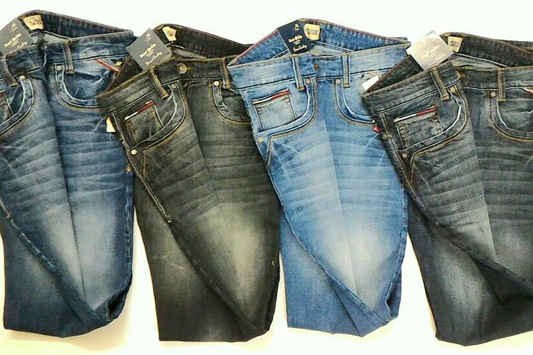 Denim,Jeans,Clothing,Pocket,Textile,Trousers,Fashion design