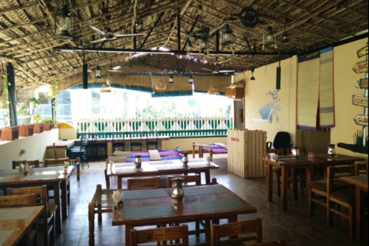 Building,Room,Interior design,Restaurant,Architecture,Furniture,Table