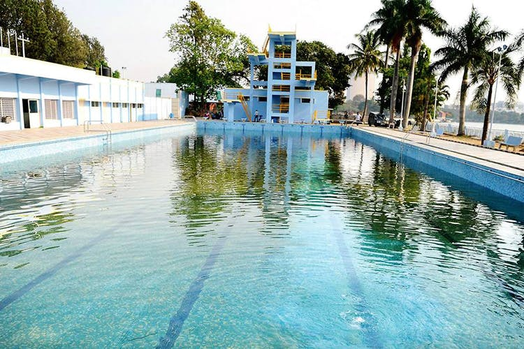 Swimming pool,Water,Property,Resort,Leisure,Reflecting pool,Building,Vacation,Leisure centre,Real estate
