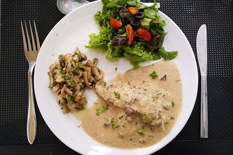 Dish,Cuisine,Food,Ingredient,Meal,Lunch,Produce,Brunch,À la carte food,Meat