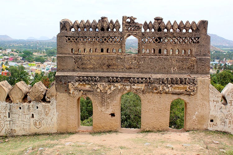 Historic site,Holy places,Wall,Fortification,Ancient history,Architecture,Building,History,Tourism,Ruins