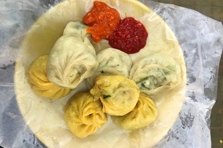 Dish,Food,Momo,Cuisine,Khinkali,Buuz,Dumpling,Mongolian food,Mandu,Baozi