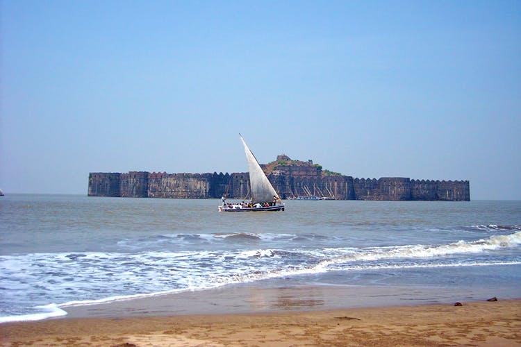 Sea,Boat,Sky,Coast,Beach,Vehicle,Sailboat,Sailing,Sail,Ocean