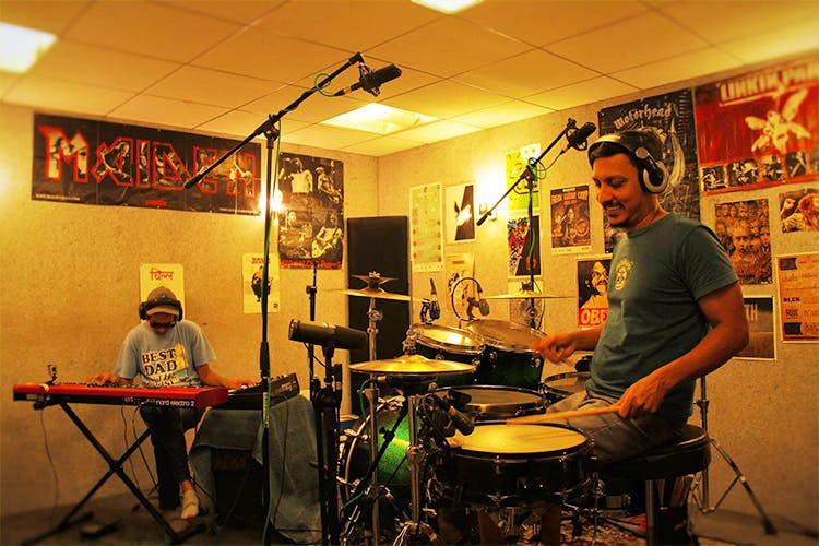 Mumbai Jam Rooms That Gives Space On Hourly Basis Lbb Mumbai