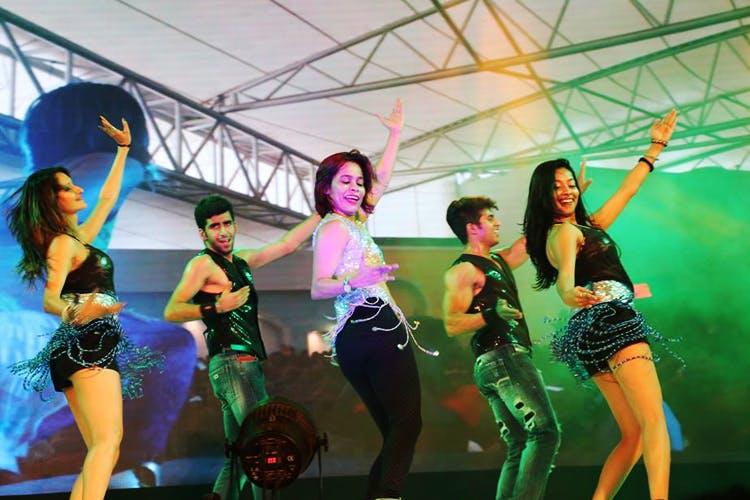 Entertainment,Dancer,Performance,Performing arts,Event,Dance,Performance art,Fun,Stage,Party