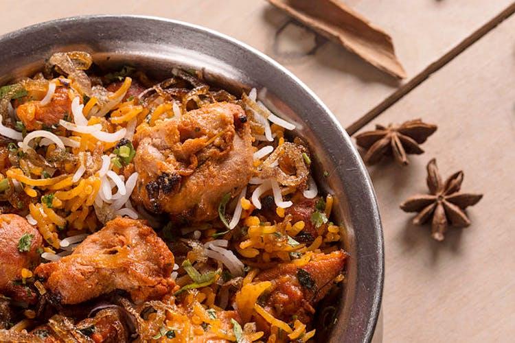 Dish,Food,Cuisine,Ingredient,Meat,Produce,Recipe,Biryani,Indian chinese cuisine,Thai food