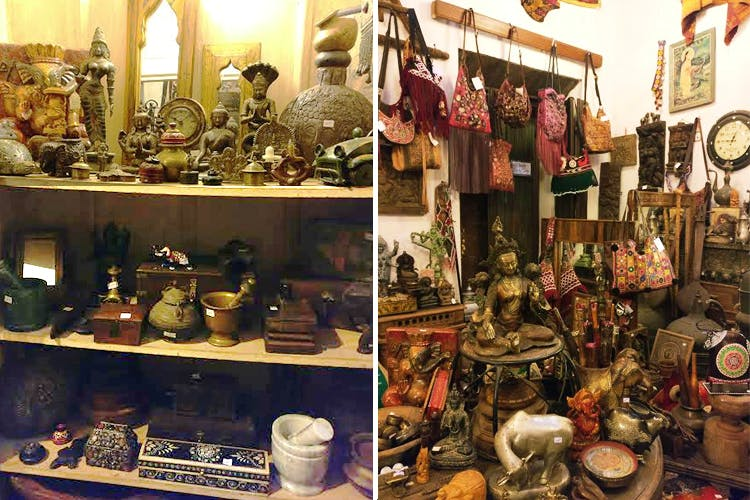Antique,Collection,Bazaar,Souvenir,Market,Ceramic,Art