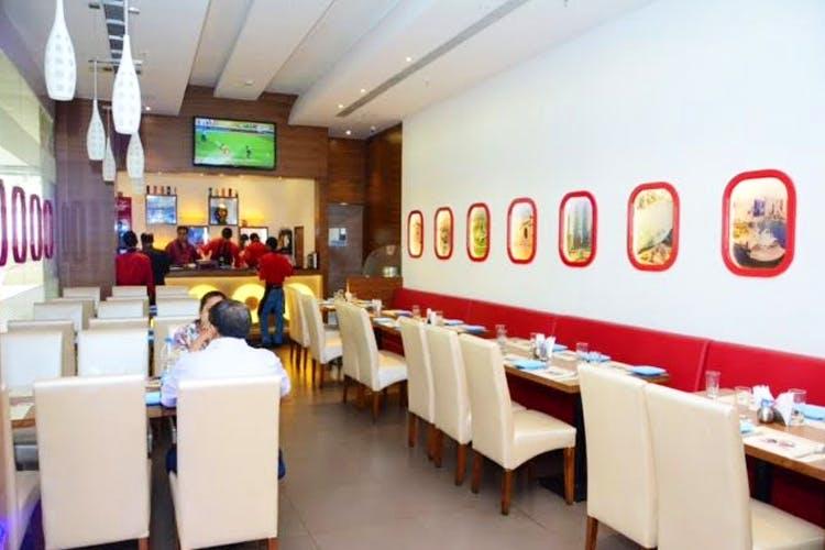 Restaurant,Building,Fast food restaurant,Room,Interior design,Business,Café,Cafeteria,Organization,Diner