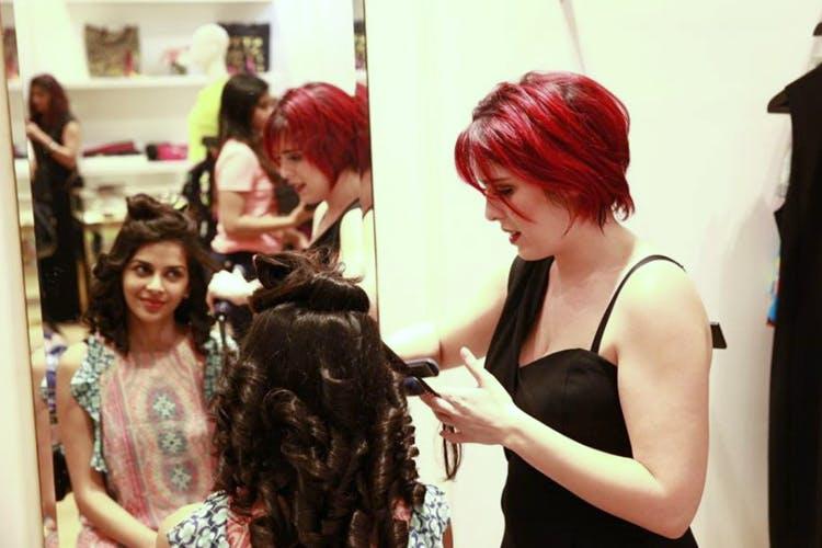 Hair,Red,Hairstyle,Hair coloring,Beauty,Fashion,Red hair,Beauty salon,Black hair,Dress